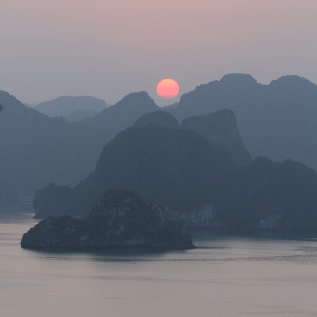 Spectacular sunset over HaLong Bay #halongbay #visitvietnam #nofilter