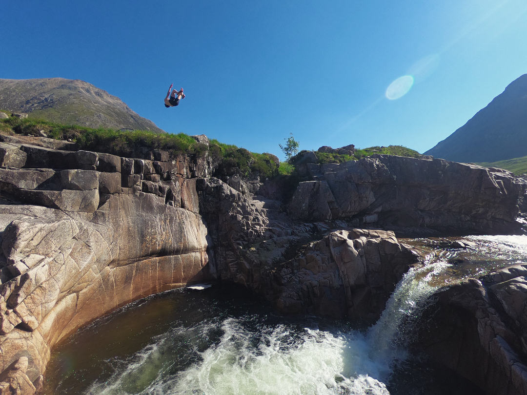 Morning jumps. With @plmcguinness  #cliffjumping #gainers #scotland #outdoors #camping #adventure #gopro