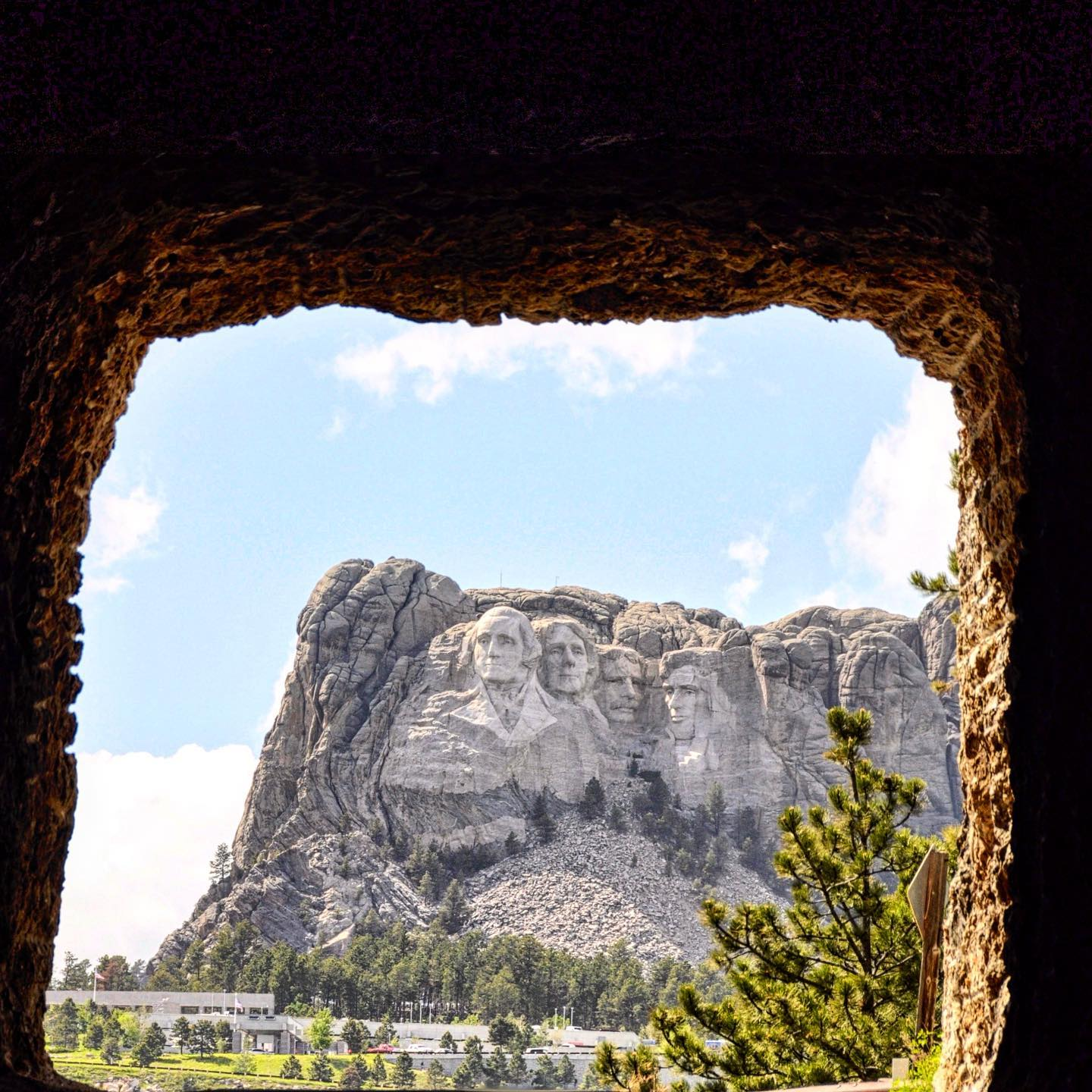 Custer State Park, South Dakota And here comes one of these magnificent views from Custer State Park. View from Iron Mountain Road Tunnel. #usa #us #usatravel #usatravels #usatrip #roadtripusa #roadtripamerica #custerstatepark #stateparks #mountrushmore #view #viewoftheday #amazingview #tunnelview #nationalmonuments #travelphotography #travelpics #travelphoto #reisefotografie #reisefoto #usaphotography #usaphotographer #travelblog #travelblogger #reiseblog #reiseblogger #instatravel #instagood #instatraveling #instapic